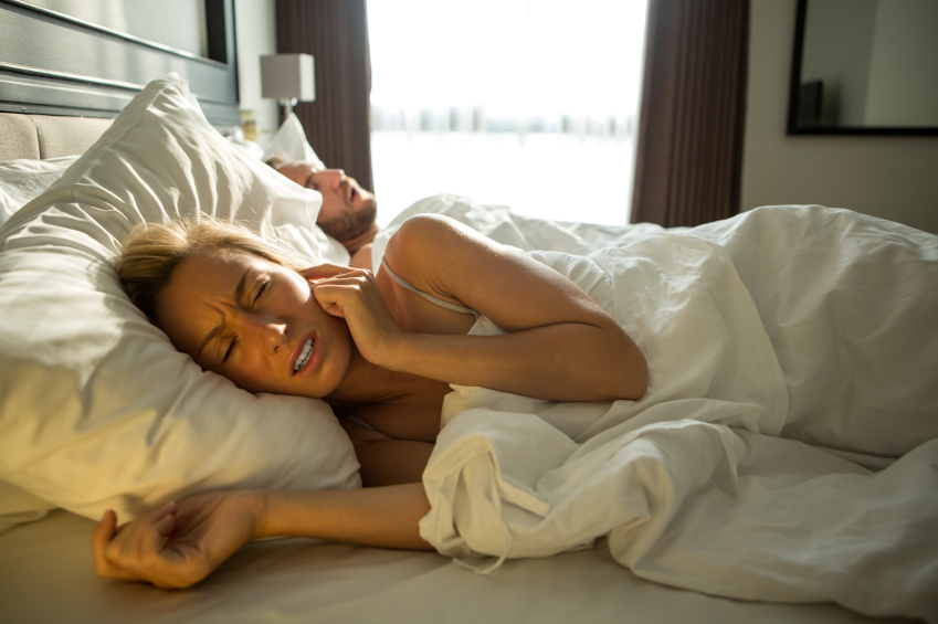 Cant-sleep-during-pregnancy-Holistic-sleep-coach-reveals-7-easy-tips-woman-awake-from-snoring.jpg