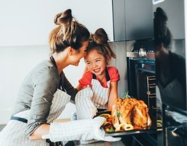 9 helpful tips for a healthy, happy Christmas FEATURED