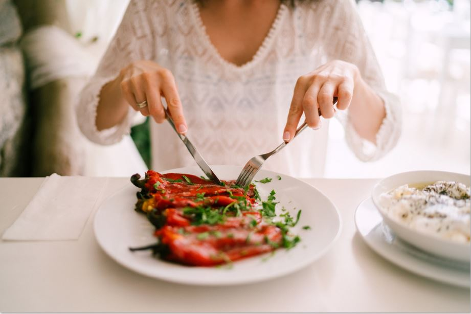 self care tips practice mindful eating this christmas