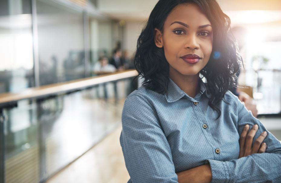 يبدو أن الصور النمطية الكاذبة صحيحة في النساء العاملات