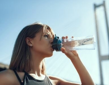 6 ways to hydrate on the move during a heatwave FEATURED