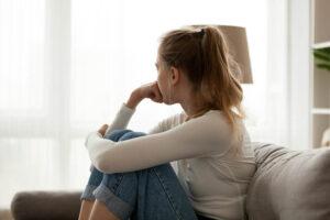 woman-looking-anxious-and-depressed.jpg